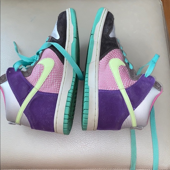 Nike Other - Nike shoes size 6.5